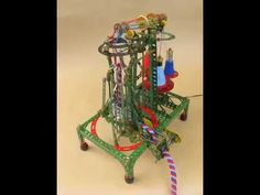 Meccano 3-yarn French knitting machine - overall view - http://www.knittingstory.eu/meccano-3-yarn-french-knitting-machine-overall-view/