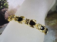 1980s Vintage Black Enamel and Gold Plated OWL Link Bracelet – NOS by CarolsVintageJewelry on Etsy
