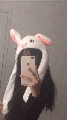 Bunny Hat, Cute Bunny, Bad Girl Aesthetic, Aesthetic Grunge, Emo Girls, Cute Girls, Emo Rock, Chicas Punk Rock, Grunge Girl