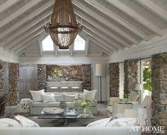 Designer-Heather-Chadduck-Lakeside-Retreat-beach-house-design-family-retreat-on-lake (10)