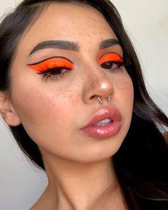 neutral makeup looks Makeup Eye Looks, Eye Makeup Art, Cute Makeup, Glam Makeup, Pretty Makeup, Beauty Makeup, Hair Makeup, Maquillage Too Faced, Creative Makeup Looks