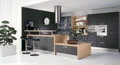 5-mobila-bucatarie-in-combinatie-de-negru-cu-furnir-de-lemn :: CasaDex – case, constructii, amenajari, decoratiuni