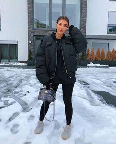 winter outfits street style Machen Sie sich auf In - winteroutfits Winter Outfits For Teen Girls, Winter Mode Outfits, Chill Outfits, Winter Fashion Outfits, Cute Casual Outfits, Autumn Fashion, Fashion Fashion, Womens Fashion, Black Outfits