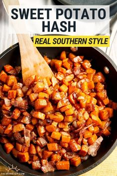 Loaded with crispy bacon and sweet potatoes, this sweet potato hash recipe is a flavor-packed start to the morning. The perfect balance of sweet and savory! Sweet Potato Breakfast Hash, Sweet Potato Hash Browns, Savory Breakfast, Healthy Breakfast Recipes, Breakfast Ideas, Breakfast Buffet, Brunch Ideas, Potato Hash Recipe, Sweet Potato Recipes