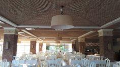 Ref 603 Terracota para revestimento 20x5x2 cm - Tecto e Colunas em restaurante   Veja mais em http://terracotadoalgarve.com/revestimentos-em-terracota   #terracotadoalgarve #tijoloburro #ladrilho #artesanal #rústico #nacional #tradicional #brick #Brique #revêtement #revestimento #barro #ecológico #natural