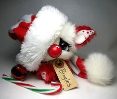 Bingles by Little Bittie Bears Christmas Jingles, Christmas Time, Christmas Crafts, Super Cute Animals, Cute Stuffed Animals, Teddy Beer, Ty Bears, Cute Teddy Bears, Snowmen