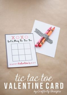 Tic Tac Toe Valentine Card. XOXO - Let's Play Tic Tac Toe - Happy Valentine's Day. Free printable from @CraftivityD