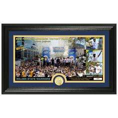 Golden State Warriors Highland Mint 2018 NBA Finals Champions Parade x Photo Mint 2018 Nba Champions, Oracle Arena, Victory Parade, Warrior Spirit, Draymond Green, Golden State Warriors, Bobble Head, Victorious, Latest Fashion