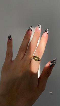 Edgy Nails, Stylish Nails, Swag Nails, Nagellack Design, Nagellack Trends, Milky Nails, Gel Nails, Manicure, Acylic Nails