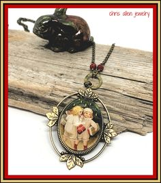 Vintage Victorian glass cameo set in leafy brass bezel with red crystal pave beads. Matching Rings, Blue Crystals, Victorian Fashion, French Vintage, Necklace Lengths, Jewelery, Brass, Pendant, Red