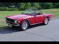 """1969 Triumph TR6 - really like the """"big wheel"""" stance of this car"""