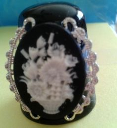 Cameo - Flower Vase on black Thimble - Made by JMJ Gifts Plus USA