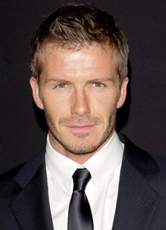 David Beckham - ok seriously. is this not your picture of Christian Grey? Beautiful Boys, Gorgeous Men, Beautiful People, Hello Gorgeous, Pretty Men, Well Dressed Men, David Beckham, Attractive Men, Good Looking Men