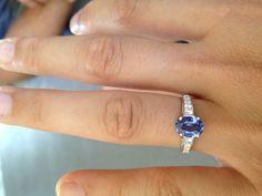 ma bague de fiançaille!!diamant et saphir de Ceylan