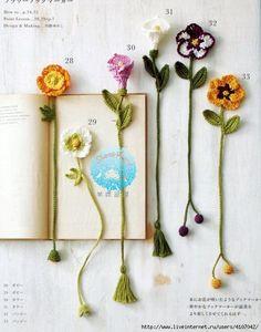 Crochet Everything Schemes Ideas все крючком - Amigurumi Crochet Bookmark Pattern, Crochet Bookmarks, Crochet Books, Crochet Home, Cute Crochet, Crochet Crafts, Yarn Crafts, Diy And Crafts, Yarn Projects