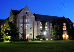 """university of notre dame law school.  Like the Irish?  Be sure to check out and """"LIKE"""" my Facebook Page https://www.facebook.com/HereComestheIrish  Please be sure to upload and share any personal pictures of your Notre Dame experience with your fellow Irish fans!"""