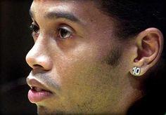 Ronaldinho abre la puerta a su retirada definitiva del fútbol profesional