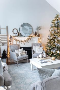 Elegant Holiday Home Tour - House by Hoff