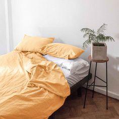 34 Lovely Yellow Aesthetic Room Decor Best For Bed Best Bedding Sets, King Bedding Sets, Bedding Sets Online, Luxury Bedding Sets, Comforter Sets, King Comforter, Modern Bedding, Queen Bedding, Quartos