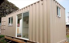 Premium steel aluminum shipping containers for sale in Hawaii Container Van, 20ft Container, Storage Container Homes, Shipping Containers For Sale, Shipping Container Homes, Moving Containers, Homeless Housing, Social Housing, Home Additions