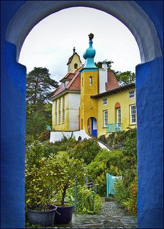 Quite surreal and as much as I adore Wales, not quite sure this place in particular was worth the trip. Portmeirion, Wales