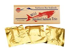 Our 22 oz. premium hot-smoked wild-caught Alaska salmon sampler gives you a few choices of Certified Kosher, sugar free, diet healthy goodness. Smokey, spicy or plain, all included! And recipes too! Best Smoked Salmon, Smoked Salmon Recipes, Smoked Fish, Fish Smoker, Chum Salmon, Pacific Salmon, Alaska Salmon, Sockeye Salmon, Wooden Gift Boxes