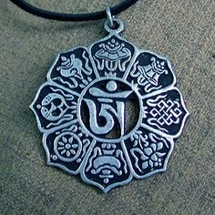 """These eight auspicious symbols are called """"Tasi Tagge"""" together in Tibetan. They are a group of the most familiar and meaning things of Tibetan arts being closely linked with Tibetan Buddhism."""