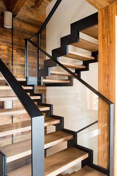 Escalier en bois, verre et métal brut / Wood, raw metal and glass staircase Source by Glass Stairs Design, Stair Railing Design, Home Stairs Design, Interior Stairs, House Design, Glass Stair Railing, Modern Stairs Design, Steel Stairs Design, Balcony Railing