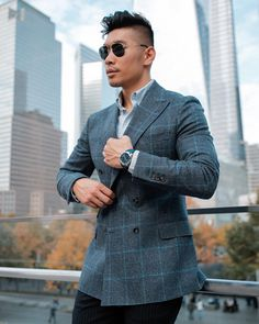 What to wear today: Business Casual vibes in Fall ready DB Plaid @omega #SeamasterAquaTerra x @articlesofstyle for @GQ - #LevitateStyle #GQInsider