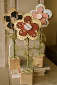 Absolutely love these wood flowers Spring Projects, Diy Projects To Try, Crafts To Do, Craft Projects, Arts And Crafts, Diy Crafts, Wooden Projects, Wooden Crafts, Deco Champetre