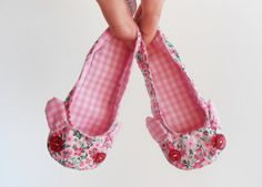 Toddler Pink bunny ballerina slippers - Zlippers: indoor shoes / non slip sole-  18-24 months, size EU 21