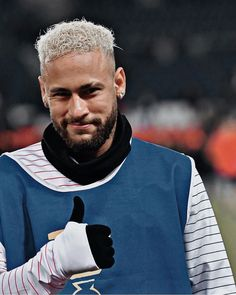 Football Hairstyles, Neymar Jr, Prince Charming, Barber Shop, Messi, Album, Guys, Football Couple Pictures, Neymar Football