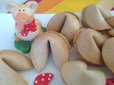 MAKE YOUR OWN FORTUNE COOKIES RECIPE
