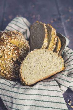 Kartoffel-Hafer-Brot - linalsbackhimmel.de Food Porn, Bread, Blog, Food And Drinks, Food Food, Potato, Brot, Breads, Blogging