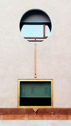 larameeee: Carlo Scarpa - Sede BPV, Verona (by Agostino Calandrino) Space Architecture, Gothic Architecture, Contemporary Architecture, Architecture Details, Carlo Scarpa, Windows, Interior And Exterior, Design Inspiration, Daily Inspiration