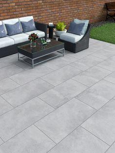 Contemporary Patio, Home Landscaping, Patio Makeover, Garden Tiles, Outdoor Tile Patio, Paving Slabs, Back Garden Design, Patio Tiles, Patio Layout