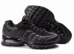 Nike Air Max 95 (Men's) UK All Black