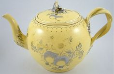 ANTIQUE 19TH CENTURY LEEDS POTTERY TEAPOT CANARY YELLOW & SILVER RESIST LUSTRE
