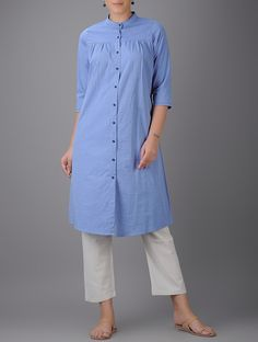 Blue Button-down Cotton Kurta by The Wooden Closet. Simple Dresses, Casual Dresses, Fashion Dresses, Kurta Designs Women, Blouse Designs, Kurta Patterns, Kurti Designs Party Wear, Designs For Dresses, Indian Designer Wear