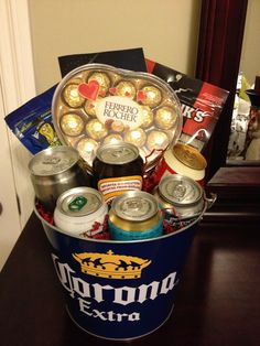 Impressive Valentine's Day Gift Ideas For Him Beer Bucket Gift Basket for Men!Beer Bucket Gift Basket for Men! Valentine Gift Baskets, Valentine's Day Gift Baskets, Valentines Day Gifts For Him, Valentines Diy, Basket Gift, Pinterest Valentines, Baby Baskets, Cute Gifts, Diy Gifts