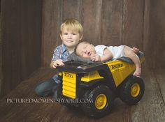 new born with brothers photography - Google Search