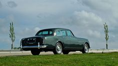 1961 Bentley S2 Continental 'Flying Spur' by H.J. Mulliner - Silverstone Auctions