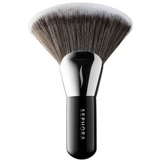 What it is:A brush that can be used to set makeup and apply powder to the chest, décolleté, collarbone, and legs.  What it does:Buff your way to an airbrushed complexion. This brush features an innovative design with ultra-wide, fan-like