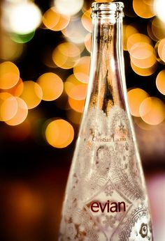 ~Prefer water Evian my Favorite~~~ Voss Bottle, Water Bottle, Bottled Water, Paris, Cafe Creme, Agua Mineral, Bokeh Effect, Bokeh Photography, Bokeh Lights