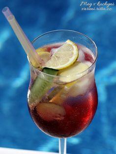 Rychlá domácí limonáda Punch Bowls, Red Wine, Alcoholic Drinks, Smoothie, Tableware, Recipes, Dinnerware, Alcoholic Beverages, Tablewares