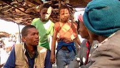 """O CEU Perus exibe o longa """"O Grande Bazar"""" no dia 17 de agosto, a partir das 15h, com entrada Catraca Livre. O filme traz a história de dois meninos com experiência e objetivos diferentes que se encontram num velho mercado africano. Um deles procura trabalho para readquirir o que lhe foi roubado e poder...<br /><a class=""""more-link"""" href=""""https://catracalivre.com.br/geral/rede/barato/mostra-de-cinema-mocambique/"""">Continue lendo »</a>"""