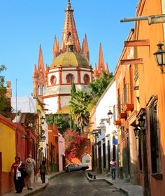 San Miguel de Allende Mexico.One of my favorite places on earth hands down. Cobblestone streets everywhere and thunderstorms everyday. Will never forget a summer here