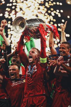Liverpool Players, Fc Liverpool, Liverpool Football Club, Football Gif, Football Photos, Football Memes, Liverpool Fc Wallpaper, This Is Anfield, Best Club
