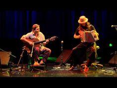 ▶ Renato Borghetti  Yamandu Costa no Auditório Ibirapuera - YouTube