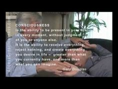 http://www.AccessConsciousness.com - http://www.AccessConsciousness.ca The Access Bars are 32 bars of energy that run through and around your head, storing t...